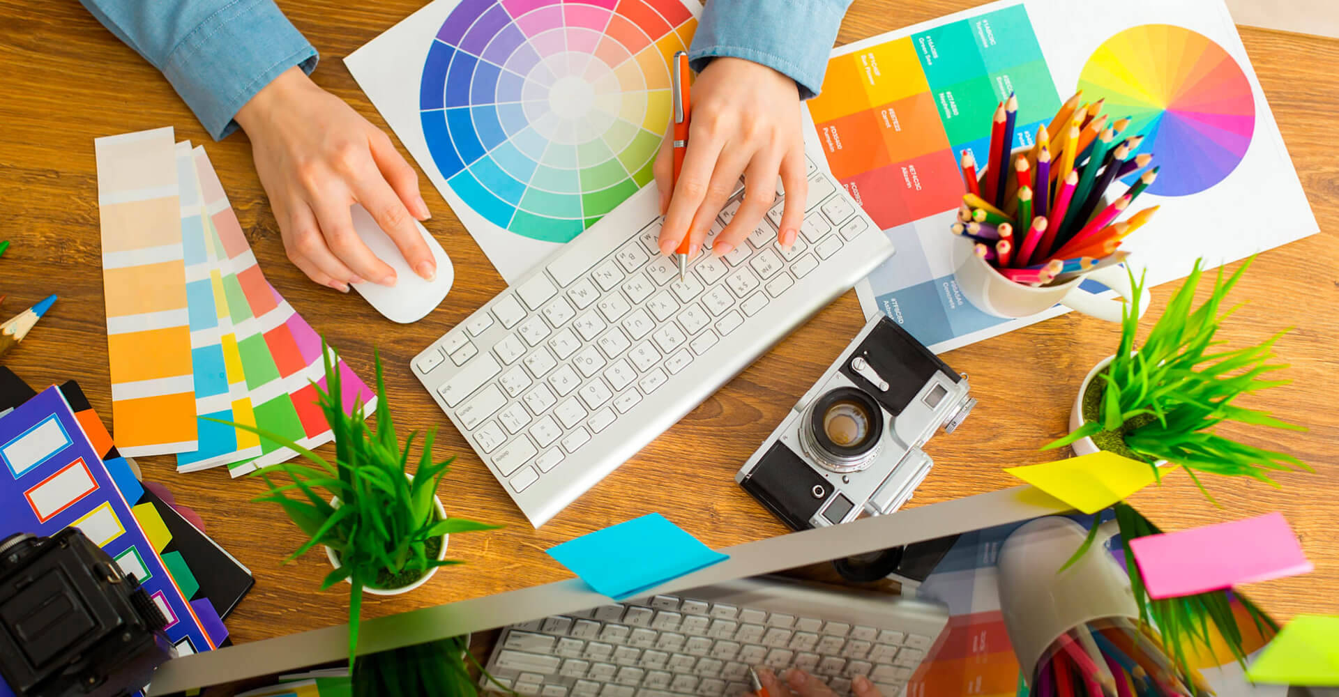 How does a Graphic designer help to promote a business?